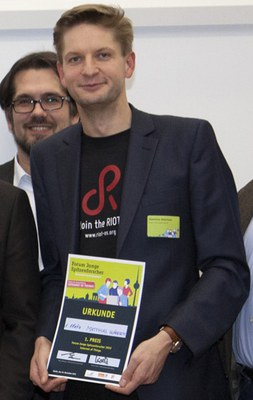 Matthias Wählisch receives first place of Forum for Excellent Young Scientists